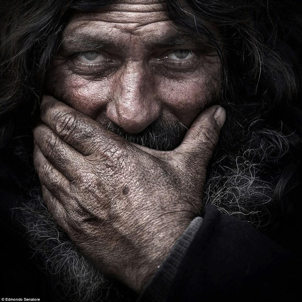 20 tác phẩm đoạt giải cao nhất trong cuộc thi ảnh quốc tế tại Ý